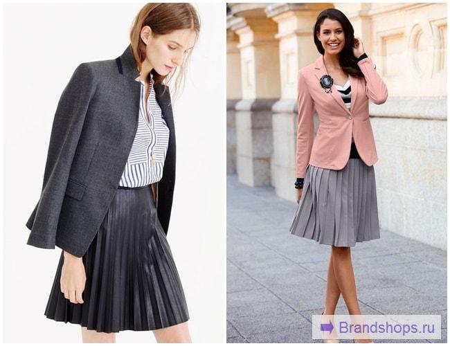Девушки в плиссированных юбках и пиджаках